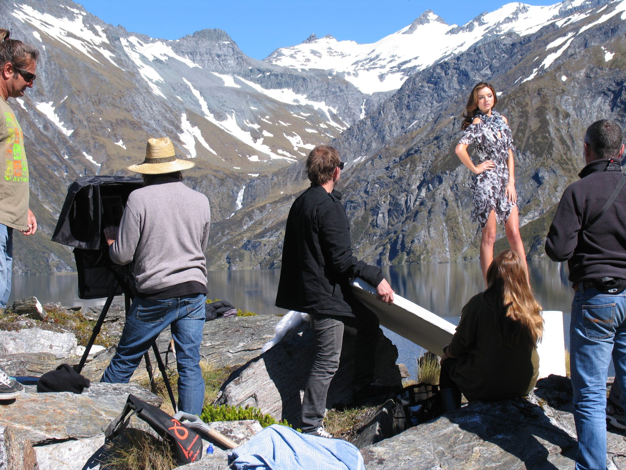 Miranda Kerr, David Jones shooting in Alpine Lake